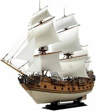 Zvezda Black Swan Pirate Ship 1/72 Scale Plastic Model Boat Kit - 550mm Long