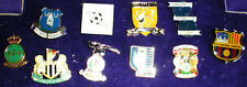 10 FUSSBALL PINS- Ausland-u.a FGA,Newcastel United,Birmingham City-K 20/19-TOP-