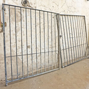 Large Reclaimed Iron Driveway / Garden Gates – 0645