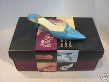 Just The Right Shoe by Raine - Material Girl - 2002 *FREE SHIPPING!*