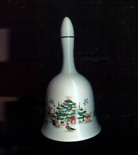 """MING PAO WOODLAND CHRISTMAS 5-1/2"""" PORECLAIN BELL (J511)"""