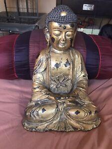 Bronze Buddha Antique Chinese/Tibetan statue.