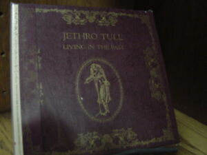 Living in the Past JETHRO TULL JAPAN OBI REPLICA TO THE ORIGINAL RESEALABLE CD