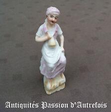 B20130218 - Petite figurine en biscuit de porcelaine 1950-70 - Très bon état