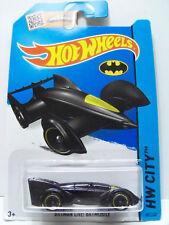 HOT WHEELS BATMAN LIVE BATMAN LONG CARD U.S.A 1/64 #65 Batman 2015 HW City NUOVO