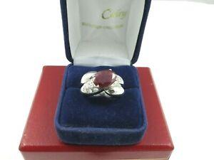 Magnifique bague rubis et diamants .