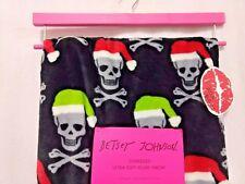 New Betsey Johnson Santa Hat Skull Crossbones Christmas Throw Blanket Oversized