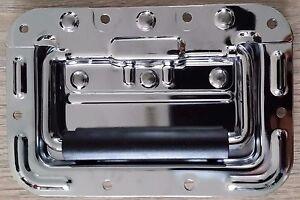 Medium spring loaded recessed handle for flight case