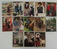 Frankreich Lot 13x AK CPA Thema Folklore Costumes Lebensart Kultur Tracht France