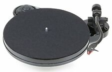 Project RPM1 Carbon Turntable Black plus £35 of free vinyl