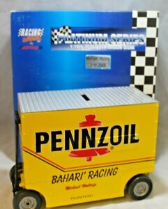 NASCAR Diecast Michael Waltrip Pennzoil Pit Wagon Bank 1:16 Scale