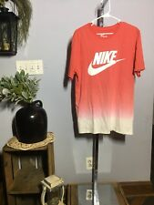 Nike Men's Red Ombre Tshirt Size Large