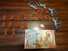 NICE AIRFIX  INDIANS 1/32 TOY SOLDIERS
