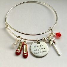 THE WIZARD Of Oz Themed Red Shoes Wand Alloy Bangle Bracelet Gift Pouch UK