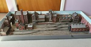 OO Gauge Industrial Layout *2 locos & 3 wagons*