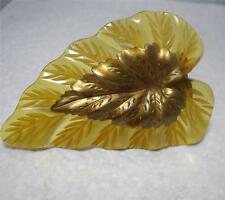 Vintage Art Deco Apple Juice Bakelite Carved Leaf Shape Dress/Fur Clip