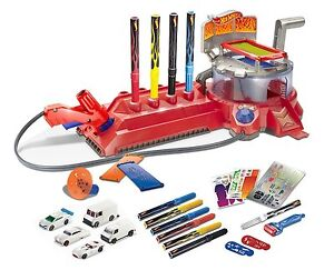 Hot Wheels Airbrush Car Design Bundle Ages 6+ Race Track Toy Boys Gift Paint Fun