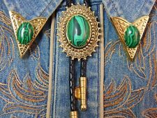 NEW GREEN MALACHITE  BOLO BOOTLACE TIE & COLLAR TIPS SET GOLD METAL WESTERN GOTH