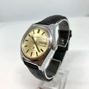 Vintage Russian Made In USSR Wristwatch Raketa 2628H Soviet Watch 1980s