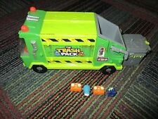 THE TRASH PACKS SERIES 1 (TRASHIES) GARBAGE TRUCK WITH 4 TRASHIES, GUC,