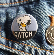 Cwtch (snoopy and woodstock) - Small Button Badge - 25mm diameter