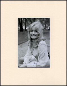 """Suzy Kendall Up The Junction Original Signed 10x8"""" Mounted Autograph Photo & COA"""