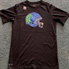 Nuevo Con Etiquetas Nike Chicos YXL Negro azul verde brillante Cal casco de  fútbol Dri-Fit Shirt XL e3ab6b375