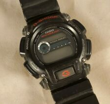 Classic Casio G-Shock DW-9052 digital Sport Diver Watch Black Red 20 bar