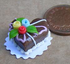 Piccolo a forma di cuore per torta con glassa cioccolato DOLLS HOUSE miniatura Accessorio SH4