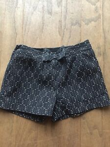 Next Dressy Shorts/ Age 8, 128cms/Black & White/ Adjustable Waist/ Bow Detail