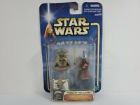 Star Wars Attack of the Clones Yoda and Chian Action Figure