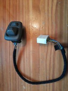 Volvo S70 V70 C70 Door Mirror Adjuster Switch 1996 to 2000 9148959