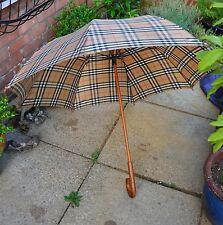 Burberry umbrella check nova large