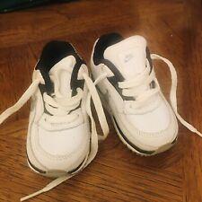 Nike Bebé Niño Zapatillas UK 2.5 Sin Caja