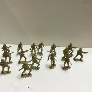 MPC JAPANESE SOLDIERS 54mm.