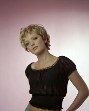 Hannah Spearritt UNSIGNED photo - H2838 - Seed of Chucky, Primeval & Casualty