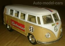 VOLKSWAGEN 1962 CLASSIC GERMAN BUS IN 1/32 SCALE WITH OPENING SIDE DOOR