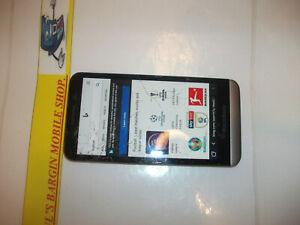 BlackBerry Z30 - 16GB - Black (LOCKED TO VODAPHONE UK NETWORK)