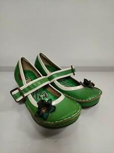 YOMA shoes EU38 UK5, green leather,flower details worn once
