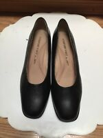 Comfort First by Fanfares Women's Black Shoes Size 7