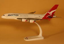 Qantas airways airbus a380-800 1:250 Herpa SNAP-fit modelo 608374 nuevo QF a380