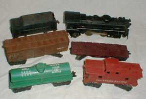 Vintage MARX #999 #666 2-Locomotive Engines O-Gauge Railroad Train Set 8-Cars