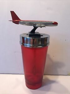 RARE VINTAGE  COCKTAIL SHAKER MIXER AIRPLANE JAPAN BARWARE BATTERY OPERATED COOL