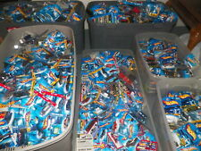 HOT WHEELS MIX LOT OF 100 BRAND NEW- SEE DETAILS IN LISTING DESCRIPTION