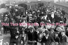 ST 265 - Bass Brewery Workers, Central Railway Station, Burton On Trent