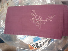 SET OF 12 PURPLE & WHITE REVERSEABLE PLACE MATS WITH MATCHING NAPKINS