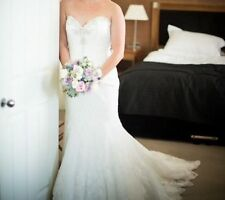 Tulle Plunging Mermaid & Trumpet Wedding Dresses