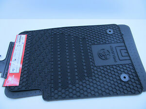 HEAVY DUTY Black rubber Floor Mats Front Set of 2 COMMODORE HOLDEN VE GM