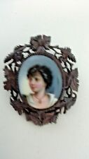 Brooch Pin Picture Cameo Woman in Brown Resin Frame