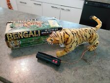 Vintage 1960s MARX Battery Operated Bengali Tiger Remote Toy w Box J-4901 RARE